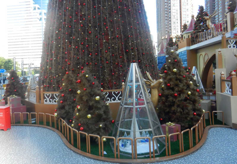 圣诞树装饰搭配