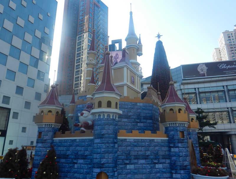 2014年圣诞万象城圣诞布置方案